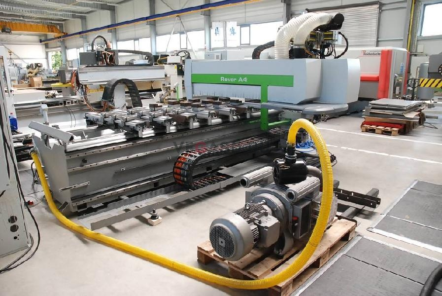 materials manufacturing processes of rover k It however maintains the standard rover engine management system and control strategies to maintain all service and diagnostic functionality the core of the package is a finely tuned cylinder head focusing not on metal removal for maximum air flow but port chamber modifications to best flow optimum efficiency of the combustion process.